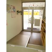 玄関はバリアフリーです。